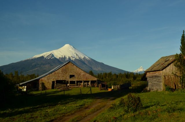 2.5 Volcan Osorno Volcan Puntiagudo