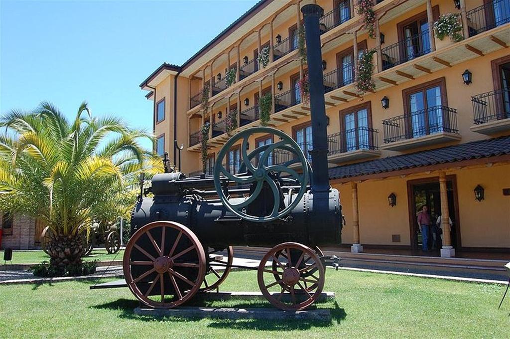 800px-museo-colchagua-santa-cruz.jpg.1024x0