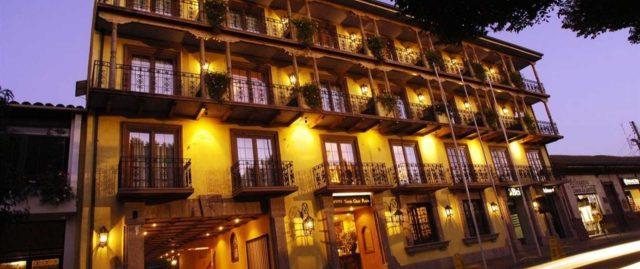 hotel-santa-cruz-fachada-1-1.jpg.1920x807_default