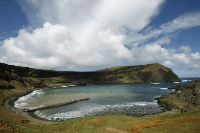 """View of the bay """"El Padre"""" in the Robinson Crusoe island, about 400 m"""