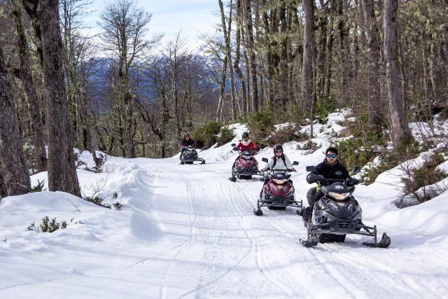 Paseos-en-moto-de-nieve